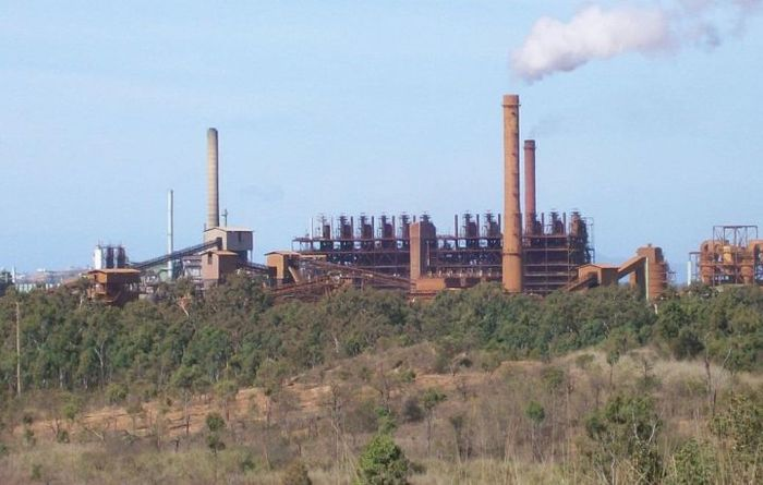 Palmer's refinery slashes workforce
