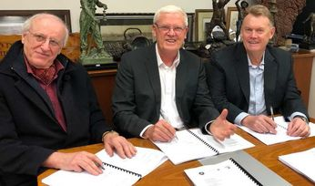 Legend signs deals with IGO, Creasy