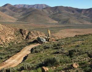 Chilean government agency to mine Hot Chili ore from Productora