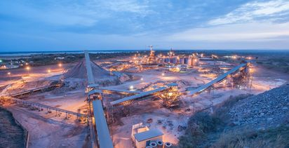Cowden, Borg put up cash for Morila gold plans