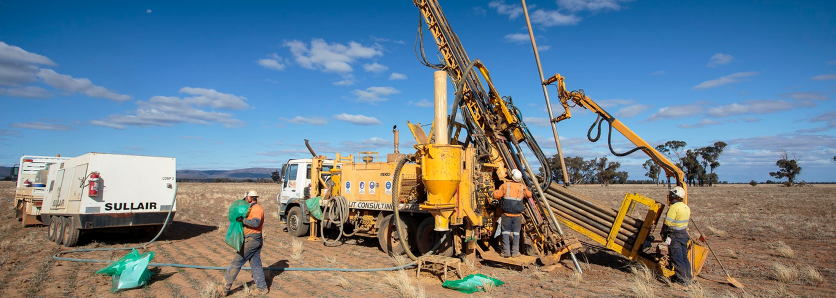 Alkane extends gold and copper at Boda