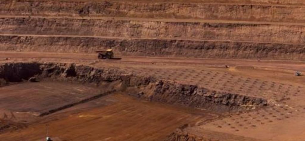 Rio approves $1B iron ore investment