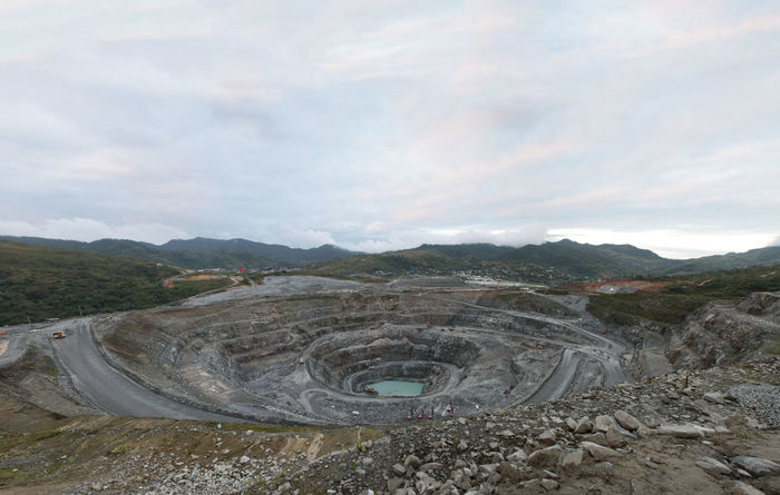 OceanaGold halted on mine suspension