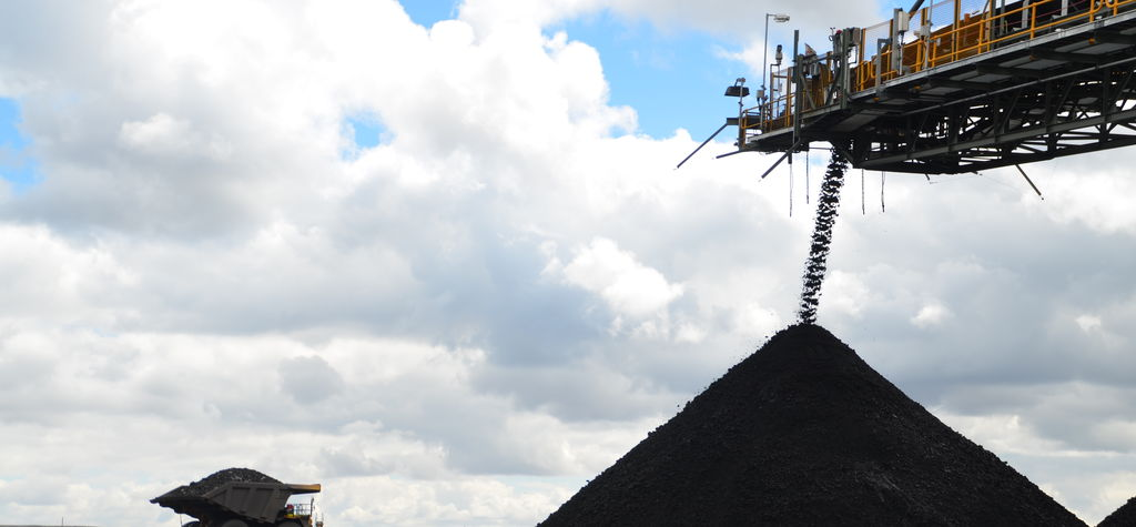 Yancoal boosts coal mine stake