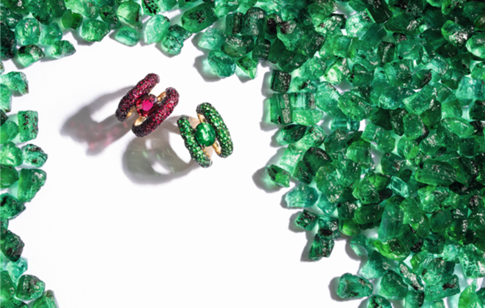 Coloured gems outperforming diamonds