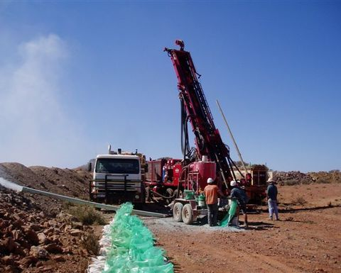 Trial mining underway at Leonora