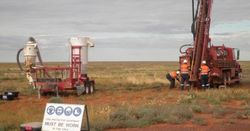 Mining Briefs: Rox, Carpentaria and more