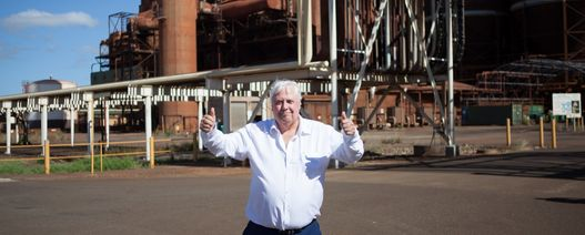 Palmer pledges to pay Queensland Nickel workers