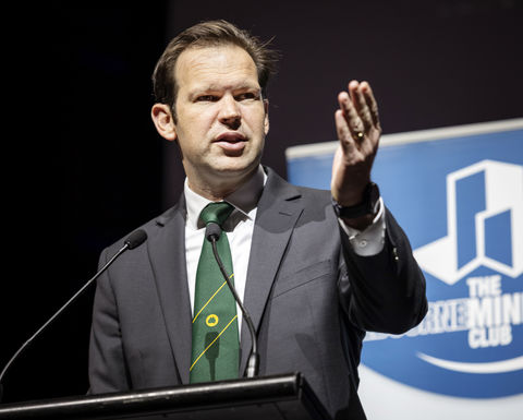 Canavan quits amid Nationals turmoil