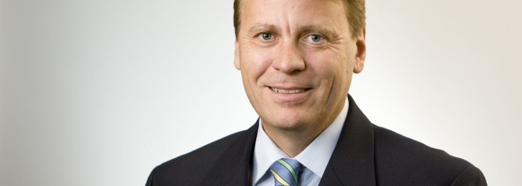 Newmont promotes Aussie COO