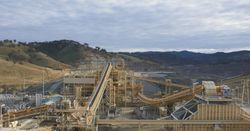 Aussie gold production hits new record