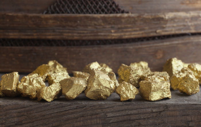 Analysts struggling to find upside in gold sector