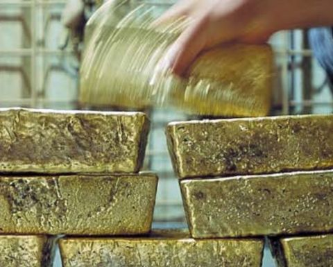 Consultancy sees gold plateauing next year