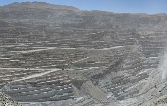 Union revolt threatens Codelco underground plans