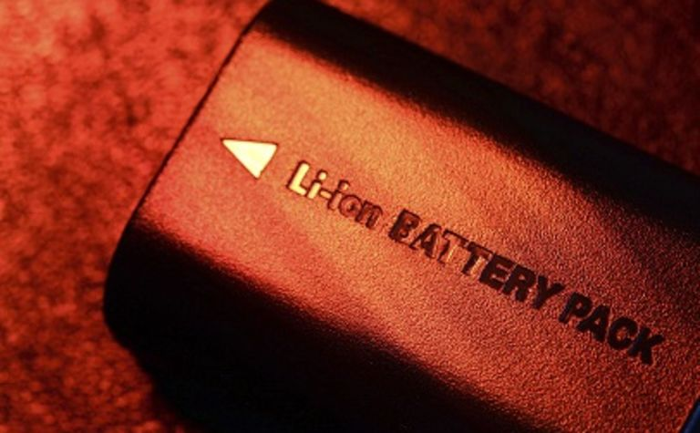 Lithium explorer turns to batteries