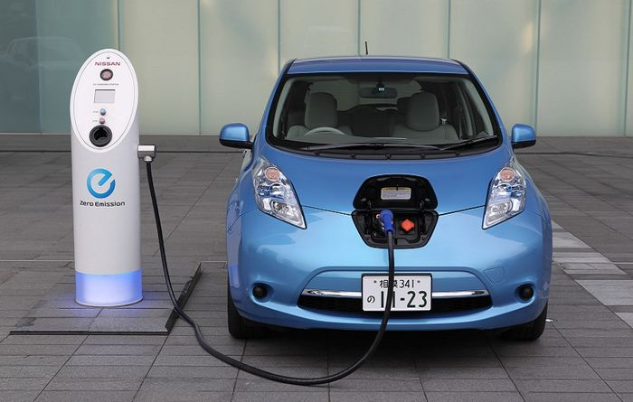 New cars key to lithium demand